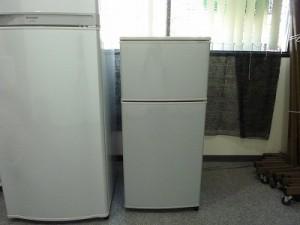 11:冷蔵庫(2ドア、80ℓ)